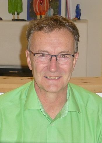 Dr. Johann HAGER